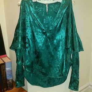 Free People high low top nwot size sp